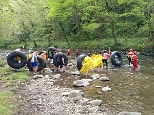 Entrando al rio en Olazar