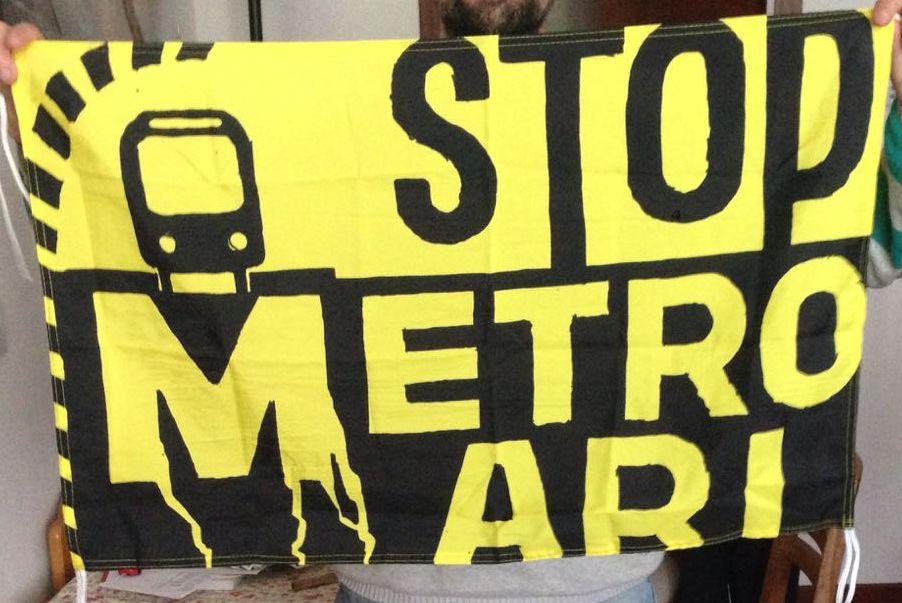 banderolak-metroari-stop