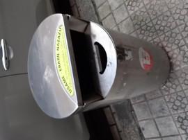 Papeleras con cenicero integrado de Bilbao